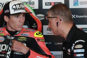 Aleix Espargaro, Aprilia Racing Team Gresini, mit Antonio Jimenez