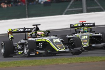 Teppei Natori, Carlin Buzz Racing en Logan Sargeant, Carlin Buzz Racing
