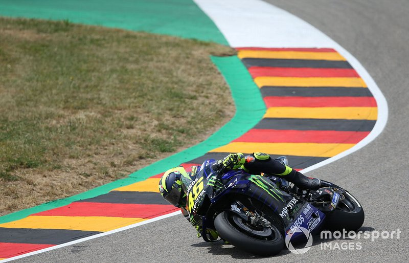 Accidente de Valentino Rossi, Yamaha Factory Racing