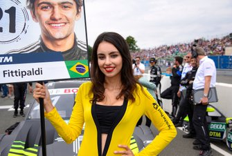 Grid Girl für Pietro Fittipaldi, Audi Sport Team WRT
