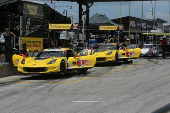 #3 Corvette Racing Corvette C7.R, GTLM: Jan Magnussen, Antonio Garcia, #4 Corvette Racing Corvette C7.R, GTLM: Oliver Gavin, Marcel Fässler