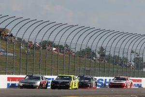 Noah Gragson, JR Motorsports, Chevrolet Camaro Switch Paul Menard, Team Penske, Ford Mustang Menards/Richmond