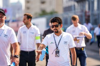 Ahmed Bin Khanen, Saudi Racing on the track walk