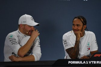 Valtteri Bottas, Mercedes AMG F1, 2nd position, and Lewis Hamilton, Mercedes AMG F1, 1st position, in the Press Conference