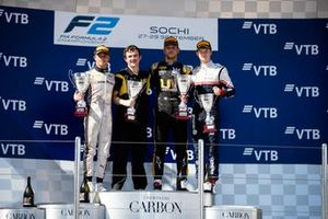 Luca Ghiotto, UNI Virtuosi Racing Nyck De Vries, ART Grand Prix ans Callum Ilott, Sauber Junior Team by Charouz