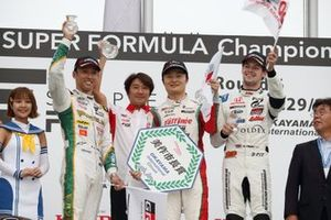Podium: race winner Kenta Yamashita, Kondo Racing, second place Kazuki Nakajima, Team Tom's, third place Harrison Newey, B-Max Racing Team