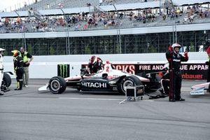 Josef Newgarden, Team Penske Chevrolet gets restarted after a delay for a multi-car accident on lap 4.