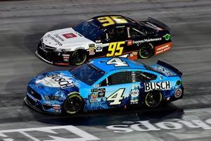 Kevin Harvick, Stewart-Haas Racing, Ford Mustang Busch Beer and Matt DiBenedetto, Leavine Family Racing, Toyota Camry Toyota Express Maintenance