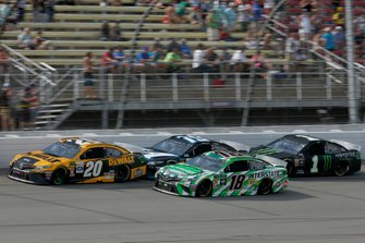 Kyle Busch, Joe Gibbs Racing, Toyota Camry Interstate Batteries, Erik Jones, Joe Gibbs Racing, Toyota Camry DeWalt