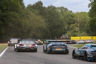Joel Eriksson, BMW Team RBM, BMW M4 DTM, Paul Di Resta, R-Motorsport, Aston Martin Vantage AMR