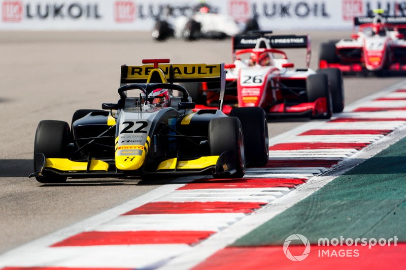 Ye Yifei, Hitech Grand Prix precede Marcus Armstrong, PREMA Racing