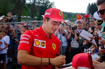 Charles Leclerc, Ferrari signs autograph for the fans