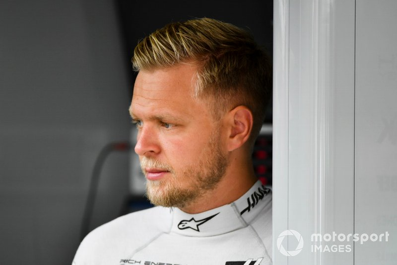 Haas: Kevin Magnussen - Sem contrato