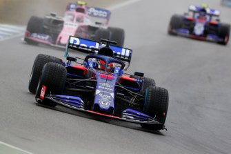 Daniil Kvyat, Toro Rosso STR14, leads Lance Stroll, Racing Point RP19
