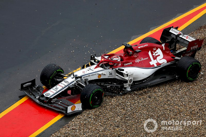 Kimi Raikkonen, Alfa Romeo Racing C38, melebar