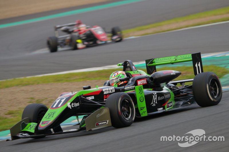 Sacha Fenestraz(B-Max Racing with motopark F3)