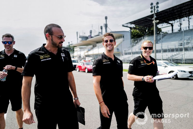 Romain Grosjean, Haas F1 fait un trackwalk