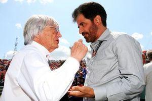 Bernie Ecclestone talks with Mohammed Bin Sulayem
