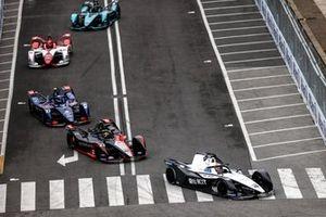 Edoardo Mortara, Venturi Racing, Silver Arrow 02, Oliver Rowland, Nissan e.dams, Nissan IMO2, Nick Cassidy, Envision Virgin Racing, Audi e-tron FE07
