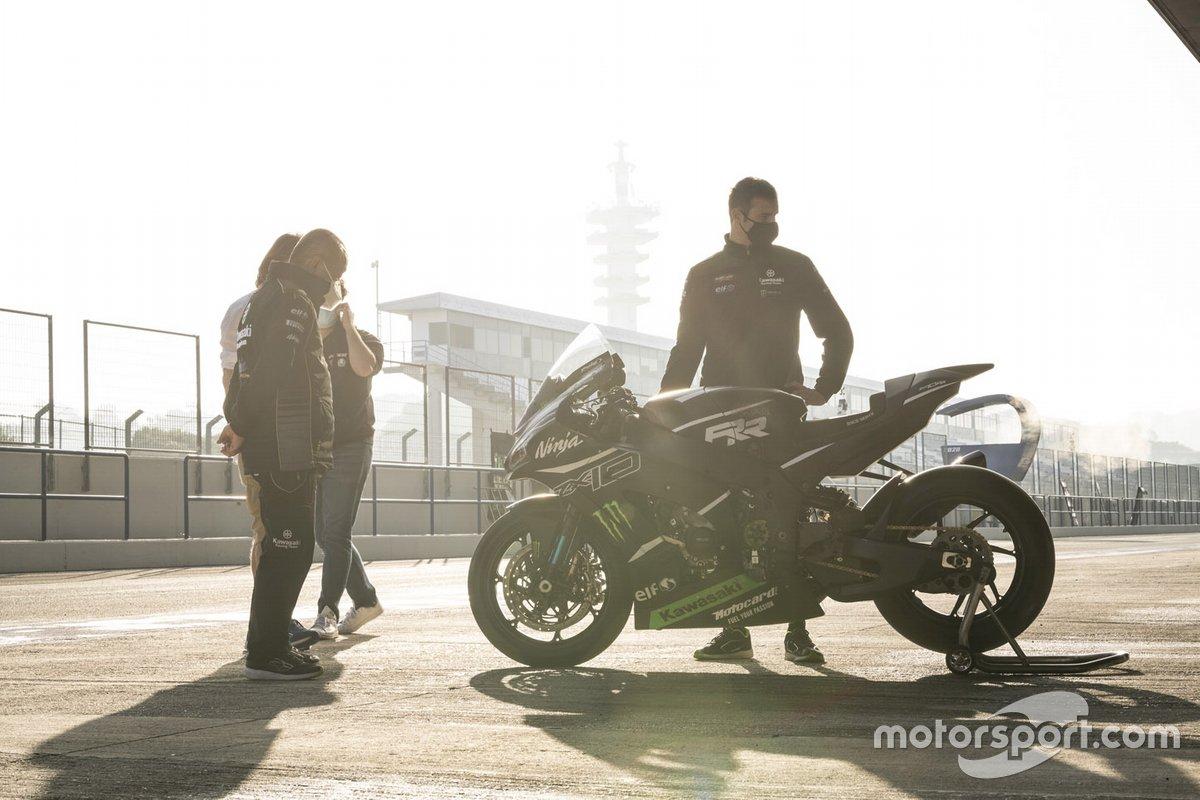 Kawasaki Racing Team, Kawasaki Ninja ZX-10RR 2021 SBK