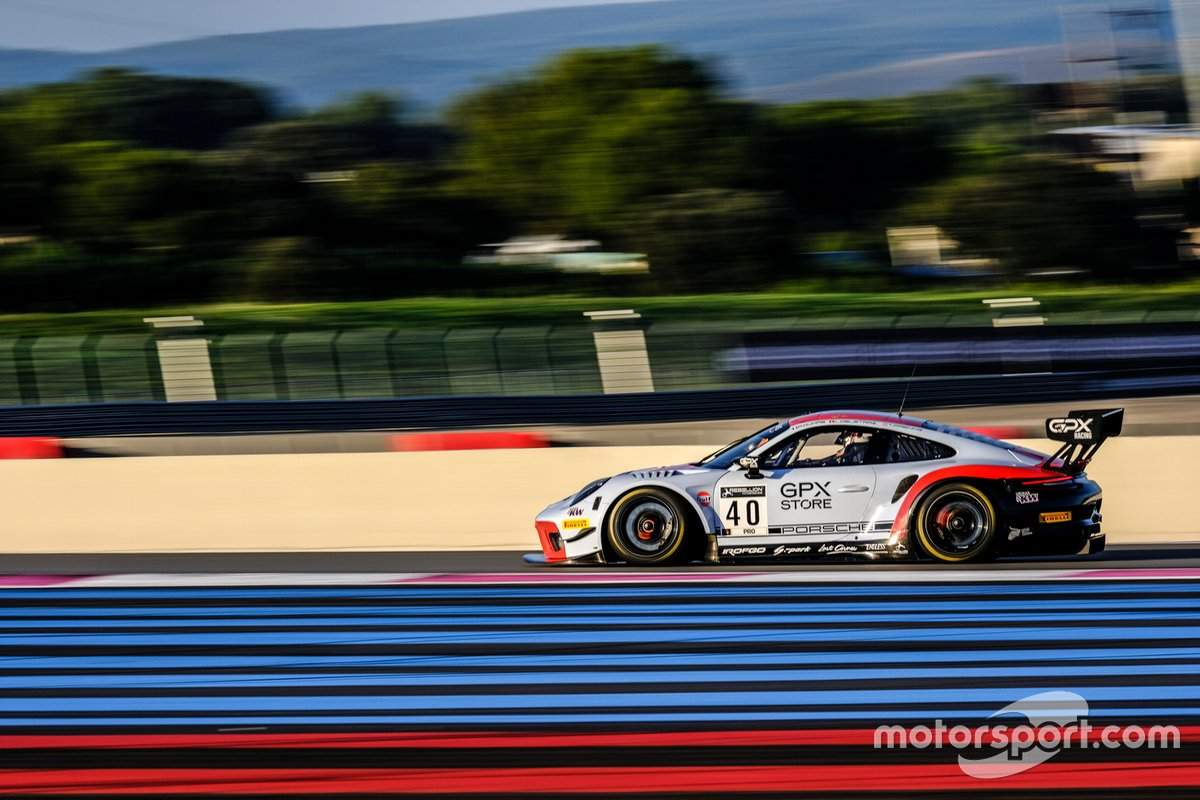 #40 GPX Racing Porsche 911 GT3-R: Romain Dumas, Lous Deletraz, Thomas Preining