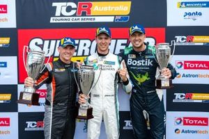 Podium: Race winner Jordan Cox, Gary Rogers Motorsport, second place Lee Holdsworth, Ash Seward Motorsport, third place Chaz Mostert, MPC Bostik Racing