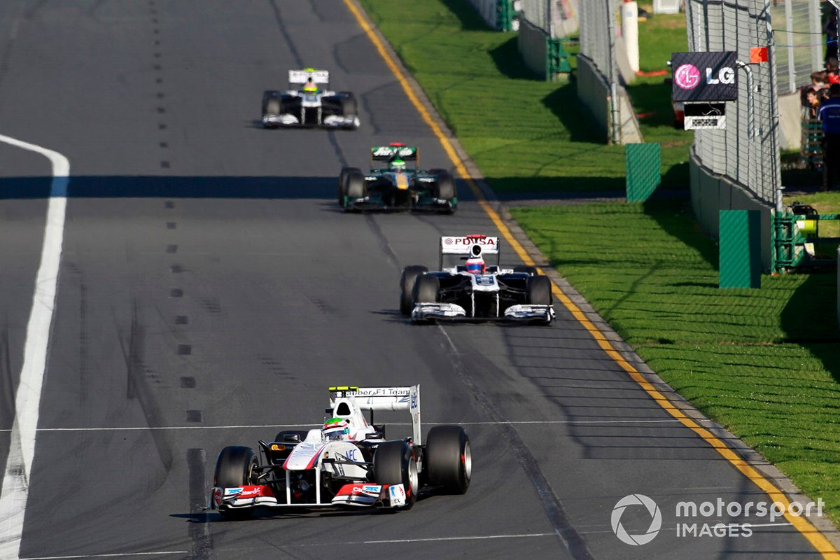 Sergio Pérez, Sauber C30 Ferrari, Rubens Barrichello, Williams FW33 Cosworth, Heikki Kovalainen, Lotus T128 Renault, Pastor Maldonado, Williams FW33 Cosworth