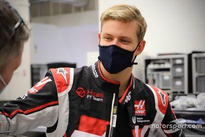 Haas F1 Team üléspróba