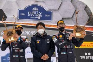 Podium: Winners Ott Tänak, Martin Järveoja, Hyundai Motorsport Hyundai i20 Coupe WRC, Scott No, Hyundai President