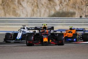 Alex Albon, Red Bull Racing RB16, Jack Aitken, Williams FW43, and Lando Norris, McLaren MCL35