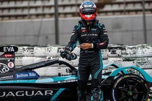 Mitch Evans, Panasonic Jaguar Racing, walks away from his car after going off