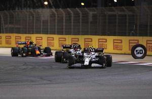 Antonio Giovinazzi, Alfa Romeo Racing C41, Kimi Raikkonen, Alfa Romeo Racing C41, and Sergio Perez, Red Bull Racing RB16B