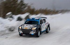 Sergey Remennik, Marina Danilova, Suzuki Swift R4LLY S