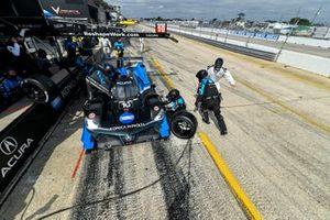 #10 Wayne Taylor Racing Acura ARX-05 Acura DPi, DPi: Pit Stop, Alexander Rossi, Filipe Albuquerque, Ricky Taylor