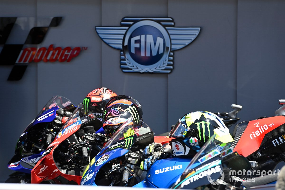 Las motos de MotoGP en parc ferme