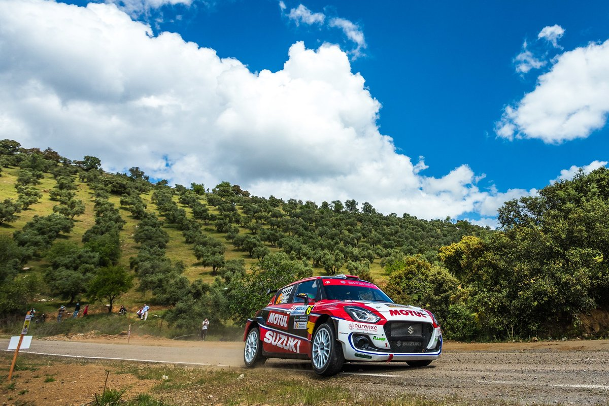 Javier Pardo - Adrían Pérez - Suzuki Swift Rally S