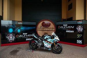 Moto de Chaz Davies, Team Go Eleven