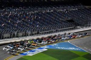 Johnny Sauter, ThorSport Racing, Toyota Tundra Vivitar/RealTreea and Sheldon Creed, GMS Racing, Chevrolet Silverado I.B.E.W