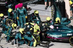 Sebastian Vettel, Aston Martin AMR21 pit stop sequence