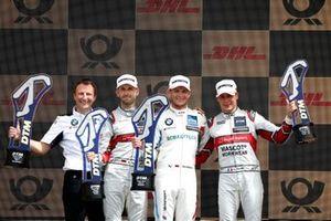 Podium: Race winnaar Marco Wittmann, BMW Team RMG, tweede René Rast, Audi Sport Team Rosberg, derde Loic Duval, Audi Sport Team Phoenix