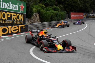 Pierre Gasly, Red Bull Racing RB15, leads Carlos Sainz Jr., McLaren MCL34