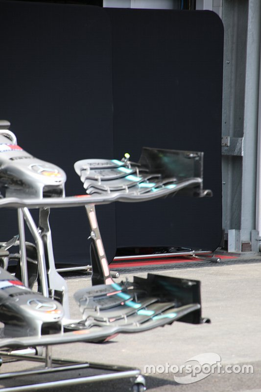 Mercedes AMG F1 front wing detail