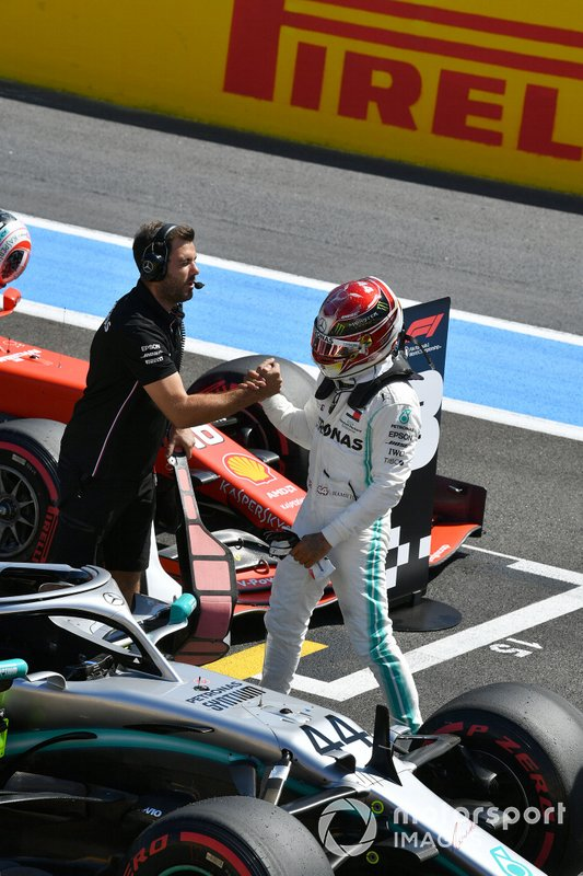 Lewis Hamilton, Mercedes AMG F1, celebrates pole position