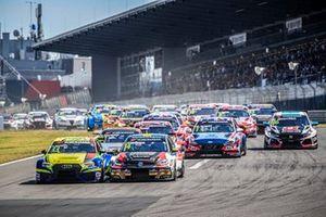Start actiom, Antti Buri, AS Motorsport Audi RS3 LMS, Johan Kristoffersson, SLR Volkswagen Volkswagen Golf GTI TCR
