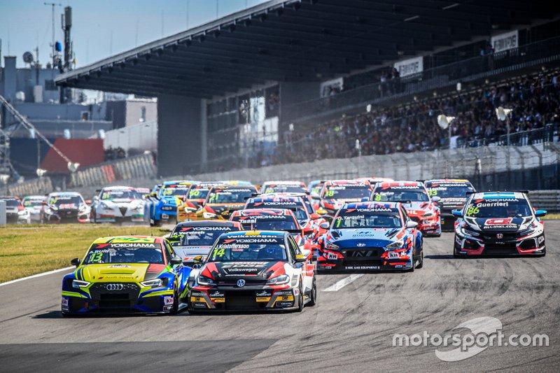 Arrancada, Antti Buri, AS Motorsport Audi RS3 LMS, Johan Kristoffersson, SLR Volkswagen Volkswagen Golf GTI TCR