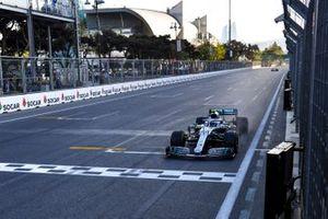 Winnaar Valtteri Bottas, Mercedes AMG F1