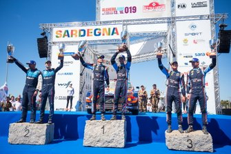 Podium: Winner Dani Sordo, Carlos del Barrio, Hyundai Motorsport Hyundai i20 Coupe WRC, second place Teemu Suninen, Jarmo Lehtinen, M-Sport Ford WRT Ford Fiesta WRC, third place Andreas Mikkelsen, Anders Jæger, Hyundai Motorsport Hyundai i20 Coupe WRC