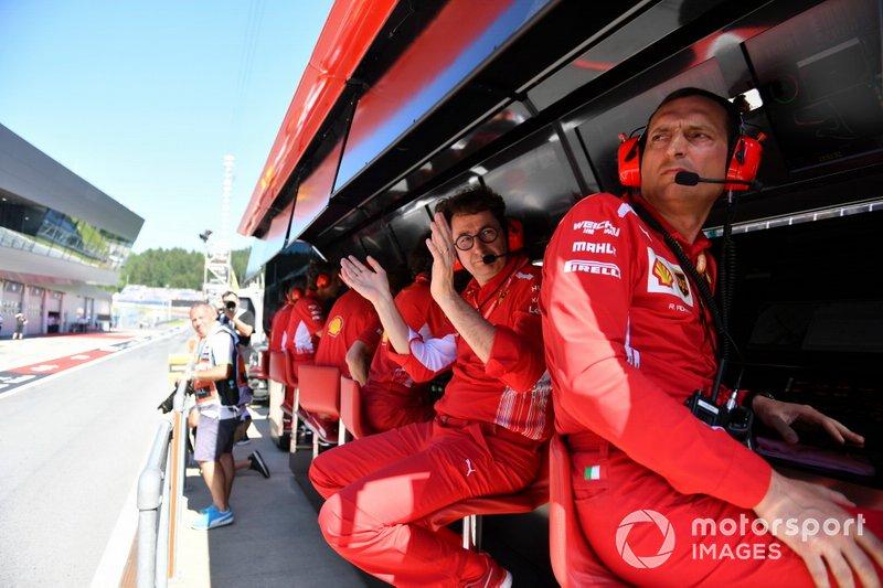 Mattia Binotto, Director de Ferrari celebra la pole de Charles Leclerc, Ferrari SF90