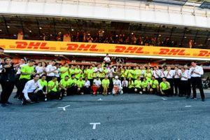 Valtteri Bottas, Mercedes AMG F1, 2nd position, Lewis Hamilton, Mercedes AMG F1, 1st position, and the Mercedes team celebrate after the race