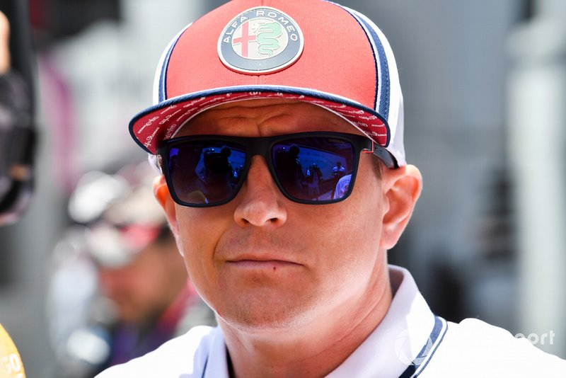 Kimi Raikkonen, Alfa Romeo Racing speaks with the media